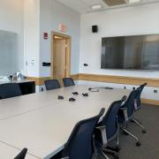 Picture of executive boardroom 5 in palmer commons with smart tv